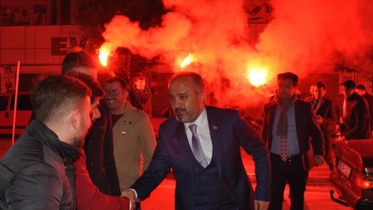 Büyükşehir Belediye Başkanı Aktaş'a İnegöl'de coşkulu karşılama