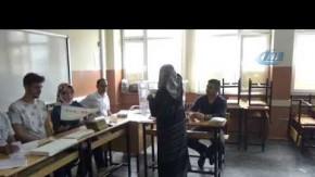 Bursalılar oy kullanmaya başladı