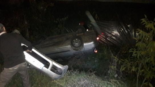 Zonguldak'ta iki araç kafa kafaya çarpıştı