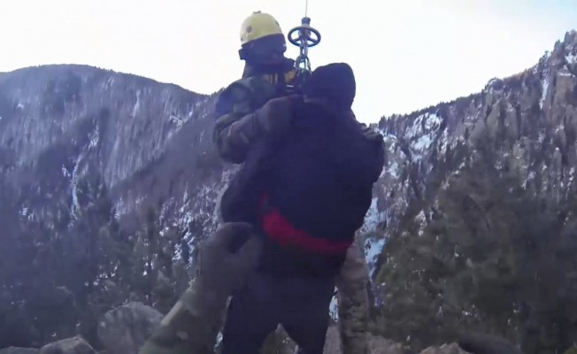 Uludağ'da nefes kesen kurtarma operasyonu kamerada
