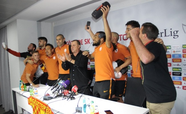 """Fatih Terim: """"İzmir'de şampiyon olmak benim için anlamlıydı"""""""