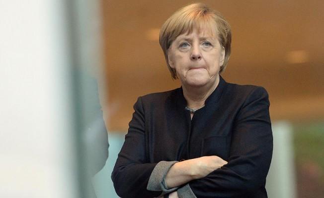 Almanya hükümetinde çatlak