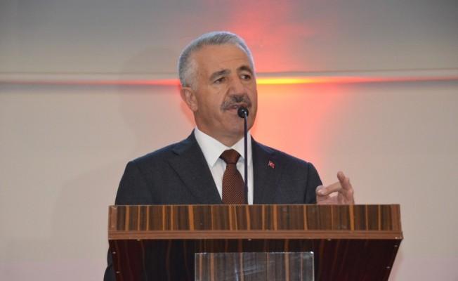 "Bakan Arslan: ""Üniversite demek fabrika demek"""