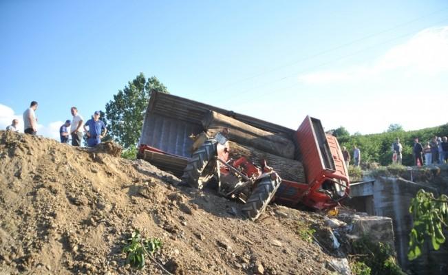 Freni patlayan kamyonet dehşet saçtı: 2 ölü, 3 yaralı