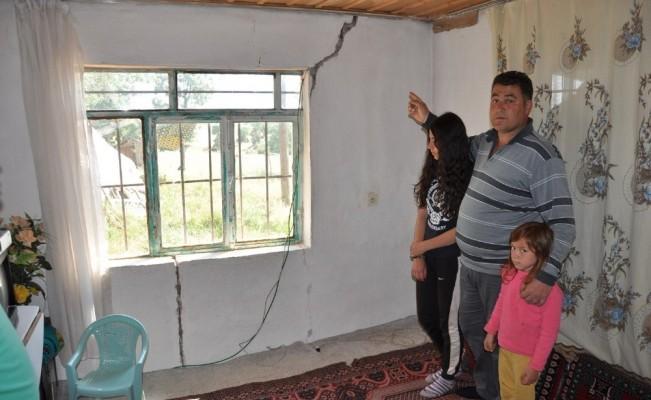 Taşçı ailesi, kendilerine uzanacak yardım eli bekliyor