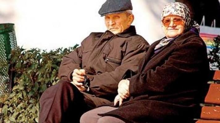Emekliye çifte müjde... Bayram'dan önce hesaplarda