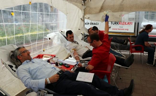 (Özel)  Türkiye'de 326 bin, Sakarya'da ise bin 550 kök hücre bağış donörcüsü var