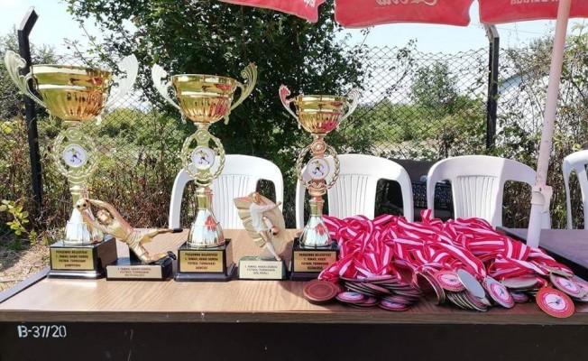 Turnuva da kupayı Camiliköy kazandı