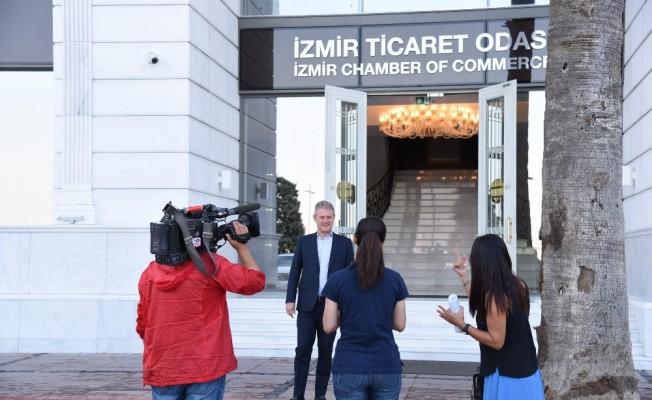 1.4 milyar insan İzmir'i izleyecek