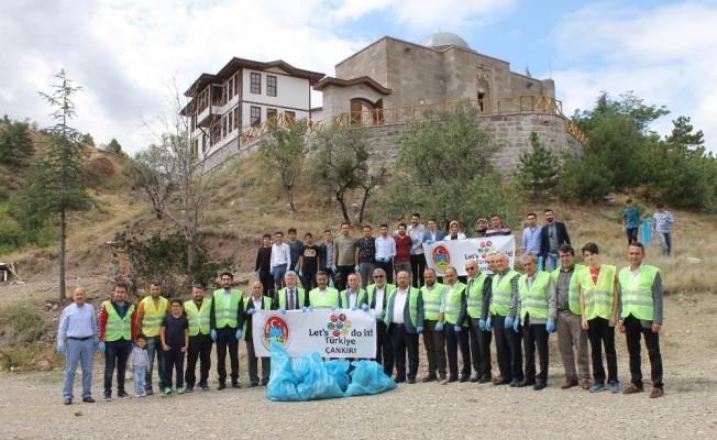 15 Eylül Dünya Temizlik Günü'nde Çankırı'yı temizlediler