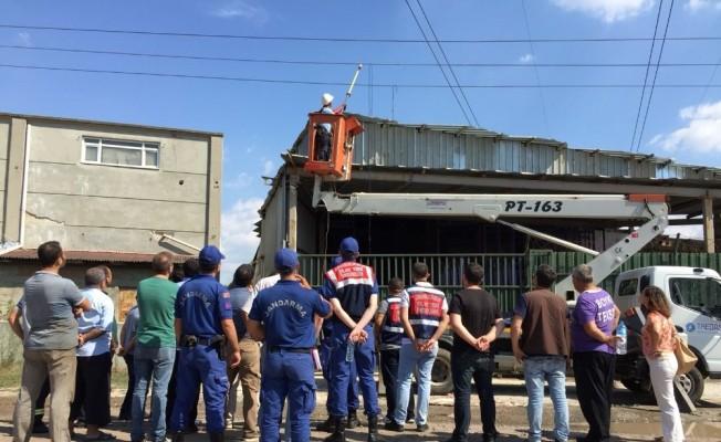 Fabrikada akıma kapılan işçi hayatını kaybetti