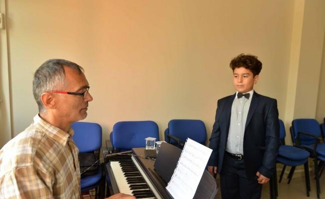 Kocaeli Büyükşehir Belediyesi Konservatuvarı Yetenek Sınavları gerçekleştirildi