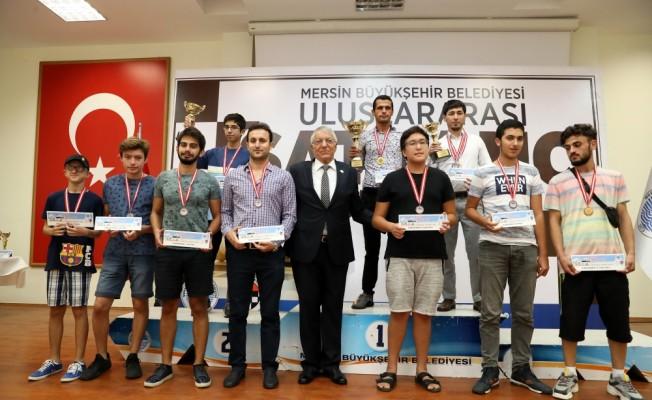 Mersin'deki uluslararası satranç turnuvası sona erdi
