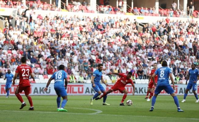 Spor Toto Süper Lig: DG Sivasspor: 1- BB Erzurumspor: 1 (İlk yarı)