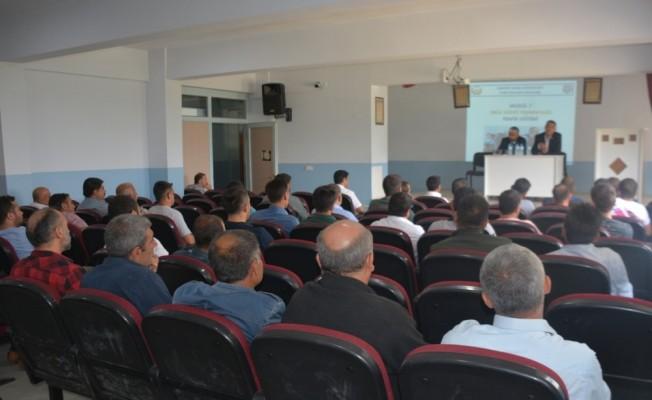 Tatvan'da okul servisleri semineri düzenlendi