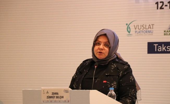 Bakan Selçuk, Uluslararası Vuslat Platformunun Abant toplantısına katıldı