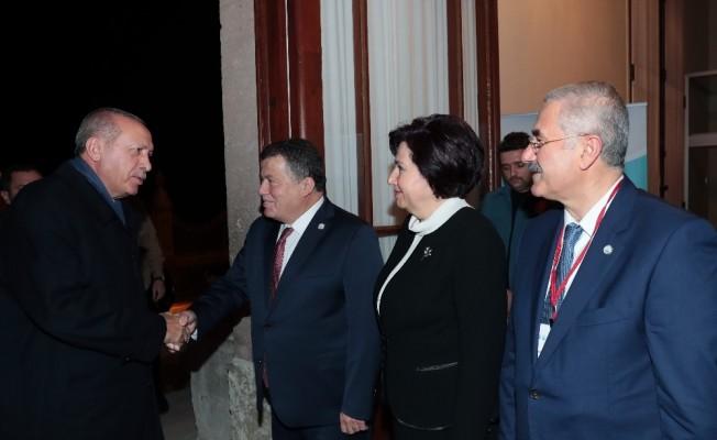 """Cumhurbaşkanı Erdoğan: """"İnsanların umut bağladığı uluslararası sistem kelimenin tam anlamıyla çatırdıyor"""""""