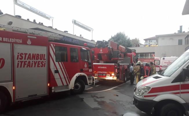 GÜNCELLEME - Bağcılar'da hastane yangını