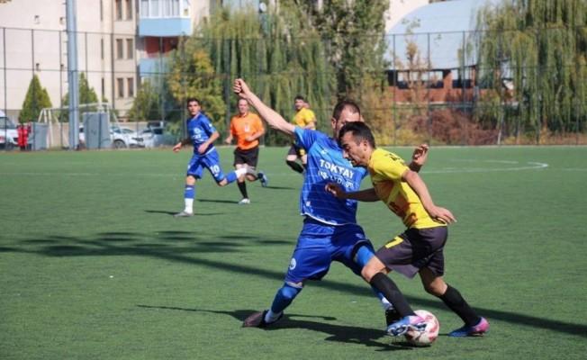Ilıca İdmanocağı Belediyespor, 25 Mart Oltuspor'u 2-1 mağlup etti