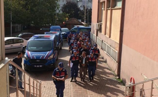 Jandarmadan şafak operasyonu: 14 gözaltı