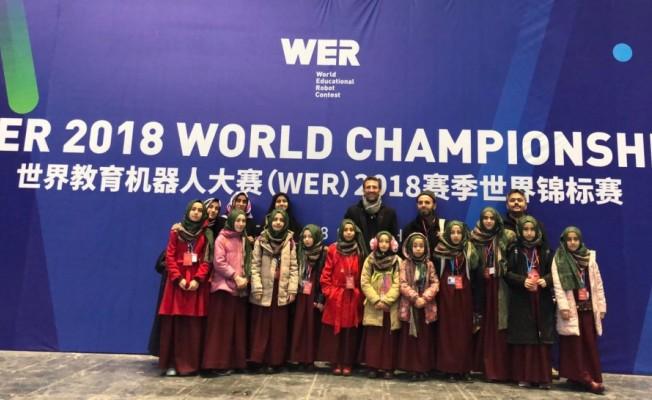 Çin'deki robot yarışmasında hafızlara
