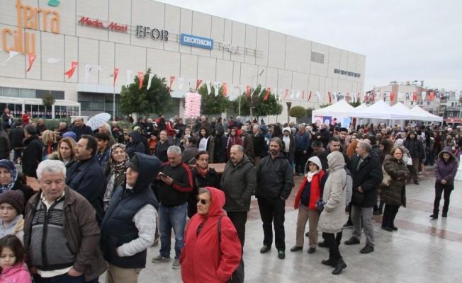 Antalya'da hamsi festivali izdihamı