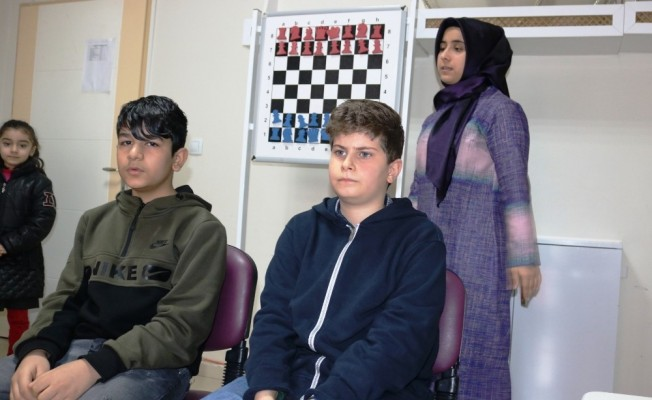 Körleme satrancın ustaları Diyarbakır'da yetişiyor
