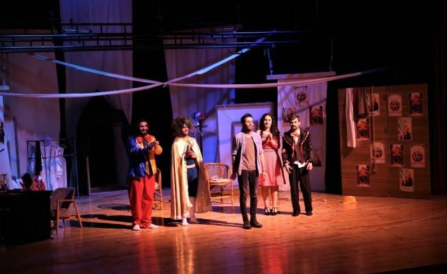 Tokat'ta şehir tiyatrosuna yoğun ilgi
