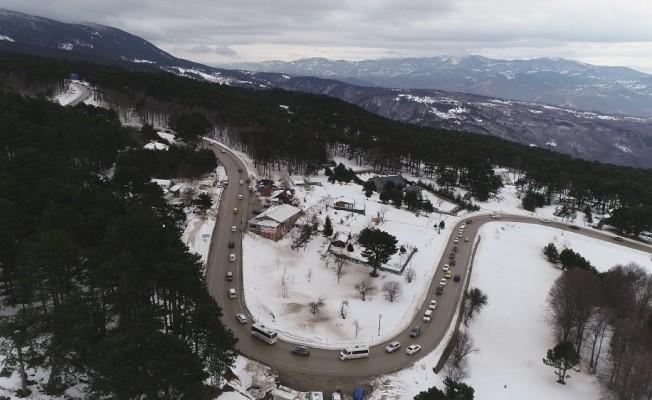 Uludağ'a çıkışta 5 kilometrelik trafik
