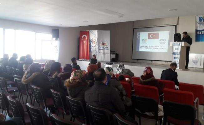 Van'daki usta öğreticilere yönelik bilgilendirme semineri