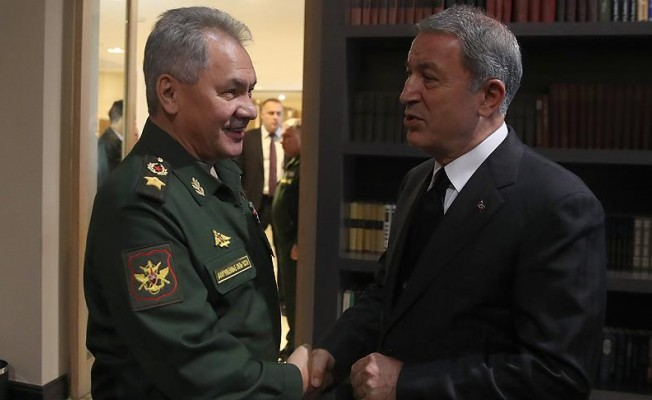 Bakan Akar, Rusya Savunma Bakanı Şoygu ile görüşecek