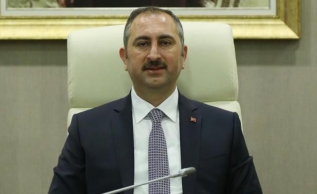 """Bakan Gül'den AP yorumu: """"Türkiye'ye karşı önyargılarla dolu rapor"""""""