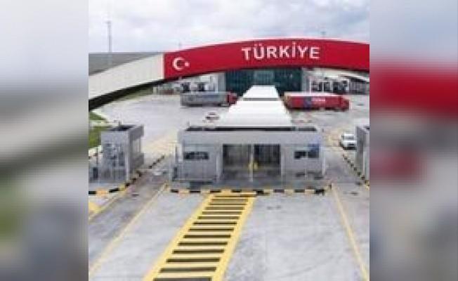 Hatay ile Afrin arasında açılan sınır kapısına Zeytin Dalı adı verildi