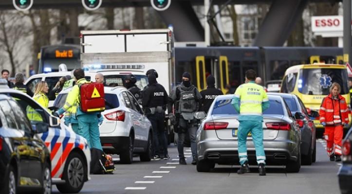 Hollanda'da silahlı saldırı ... Hollanda hükümeti terör tehdidi seviyesini en üst düzeye yükseltti