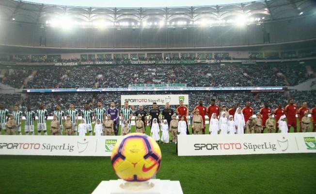 Spor Toto Süper Lig: Bursaspor: 1 - Galatasaray: 0 (Maç devam ediyor)