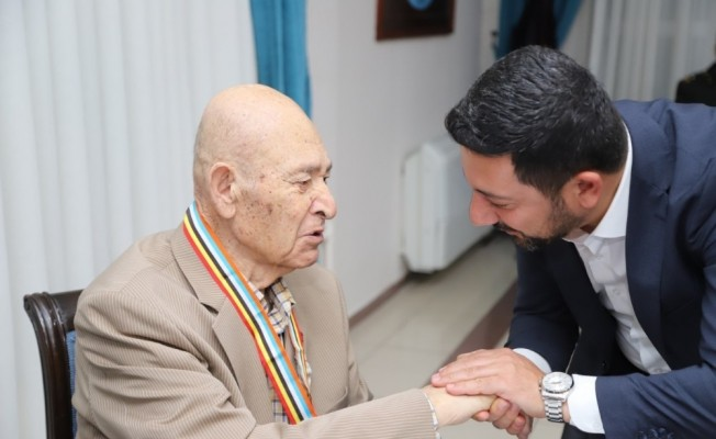 Başkan Arı, Kore Gazileri için düzenlenen madalya törenine katıldı