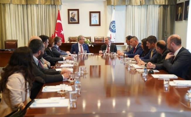 Ege Üniversiteli ile KKTC arasında iş birliği protokolü