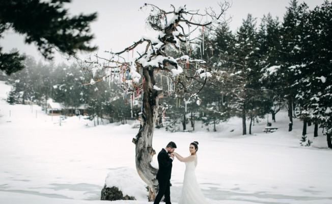 Eroğlu çiftçinden sıradışı düğün albümü