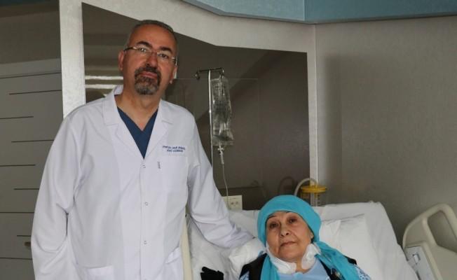 Felç olabilirsin denilen hasta Lokman Hekim'de sağlığına kavuştu
