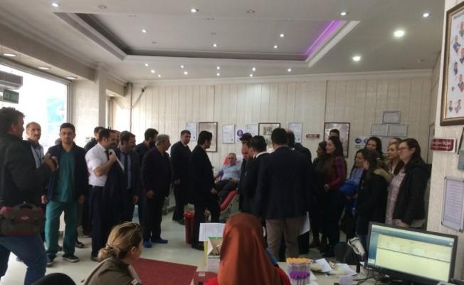 Kars'ta kan bağışına sağlıkçılardan yoğun ilgi