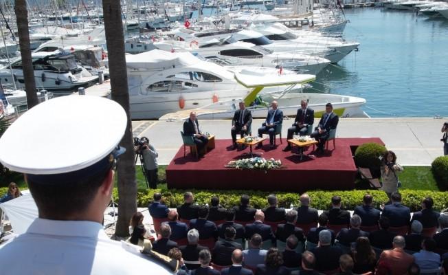 """Marmaris'te """"Türk Denizciliğine Bakış"""" paneli"""