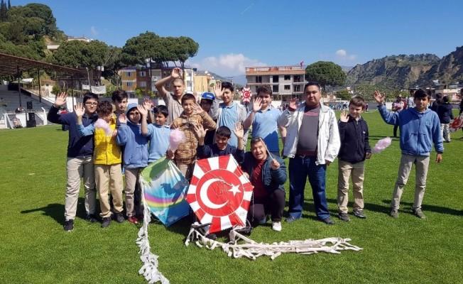 Nazilli'de 'Engelleri Uçuruyorum' etkinliği düzenlendi