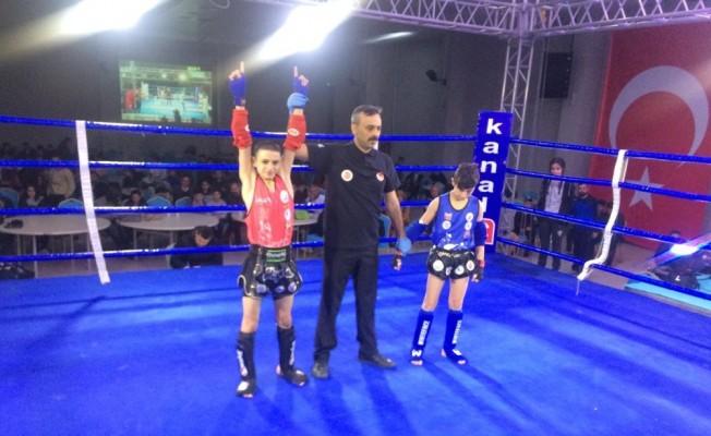 Şehzadeler'in Muaythai şampiyonu milli takımda