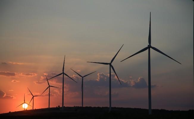 Akfen'in Çanakkale'deki Üçpınar RES projesi enerji üretmeye başladı