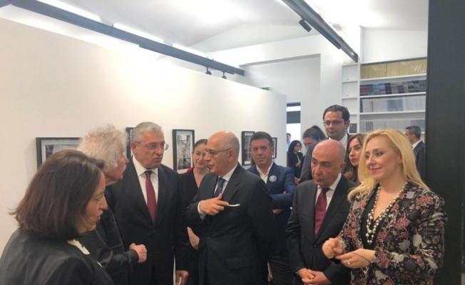 Ara Güler sergisi Paris'te açıldı