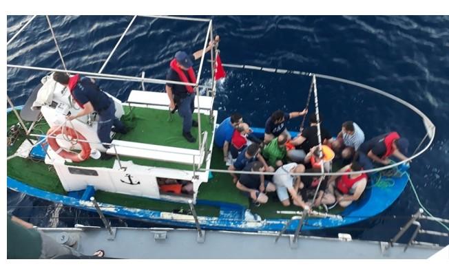 17 FETÖ şüphelisi Yunanistan'a kaçarken yakalandı