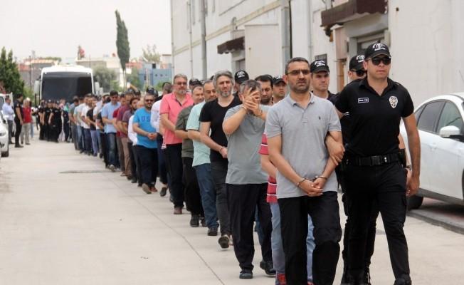 Adana'da FETÖ operasyonunda 8 tutuklama