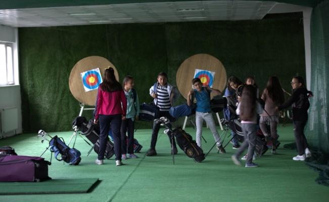 Ardahanlı minik golfçülerin başarısı Türkiye'nin dikkat çekiyor
