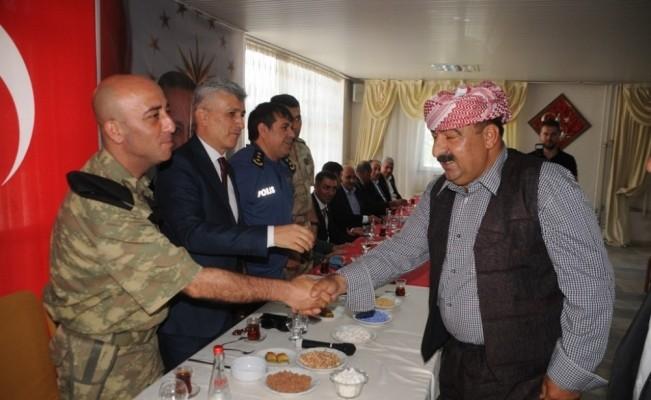 Cizre'de resmi bayramlaşma töreni yapıldı