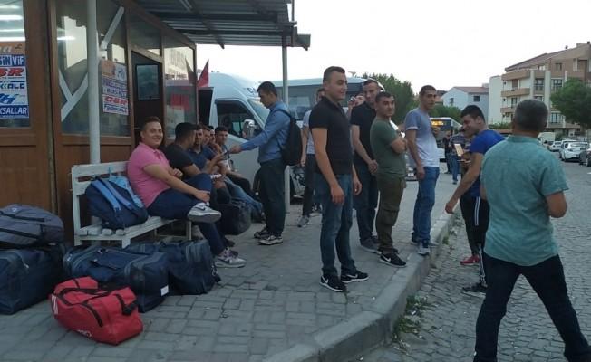 İzmir'de erken terhis sevinci